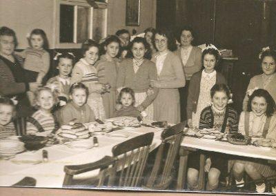 ChildrensChristmasParty_1949L